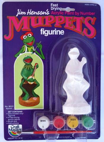 File:Craft master 1982 paint figurine kermit.jpg