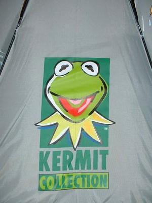 File:Jocky umbrella from spain kermit collection 2.jpg