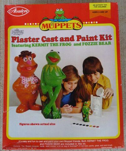 File:MuppetsPlasterCastandPaintKit02.jpg