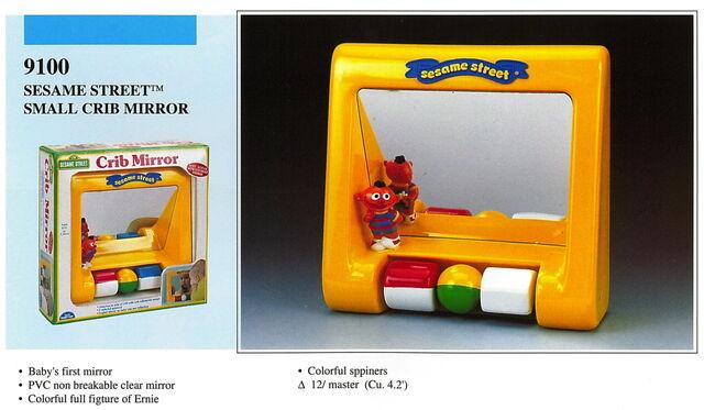 File:Illco 1992 baby toys small crib mirror.jpg