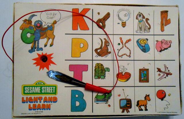 File:Milton bradley 1977 light and learn game 4.jpg