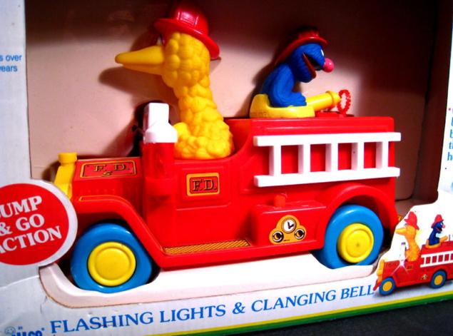 File:Bubble blowing fire truck 3.jpg