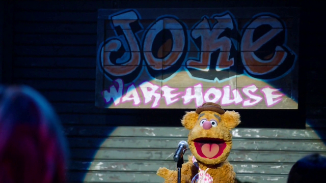 File:TheMuppets-S01E05-JokeWarehouse-Fozzie.png
