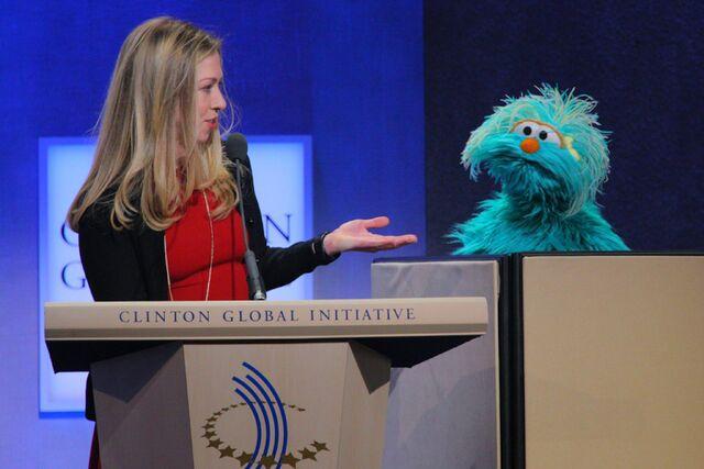 File:Chelsea Clinton and Rosita.jpg