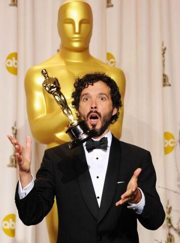 File:BretMcKenzie-Oscar.jpg