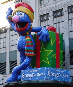 File:Grovermacysballoon.JPG