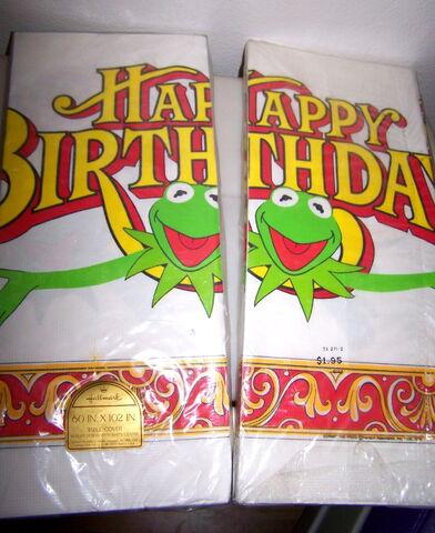 File:Hallmark 1978 muppet party tablecloth.jpg