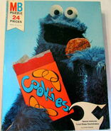 Milton bradley 1976 cookie monster puzzle