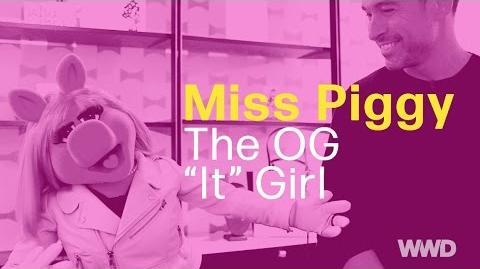 """Miss Piggy The OG """"It"""" Girl"""