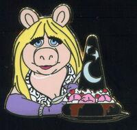 Piggy pin trader