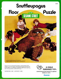Child guidance questor 1973 snuffleupagus floor puzzle