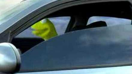 BMW Kermit Commercial (Turkish)