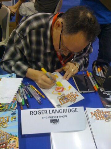 File:SDCC2010-RogerLangridge.jpg