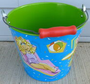 Schylling tin pail 2