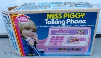 Miss piggy talking phone 5