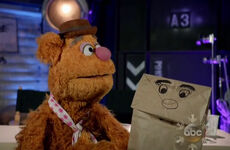 Fozzie paperbag puppet Gaga special