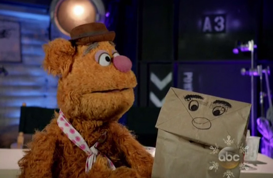 File:Fozzie paperbag puppet Gaga special.jpg