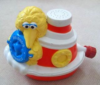 File:Hasbro 1983 big bird sprinkler 1.jpg