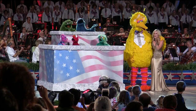 File:A-Capitol-Fourth-rehearsal-from-YouTube.jpg
