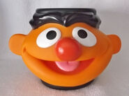 Applause 1995 mug plastic ernie