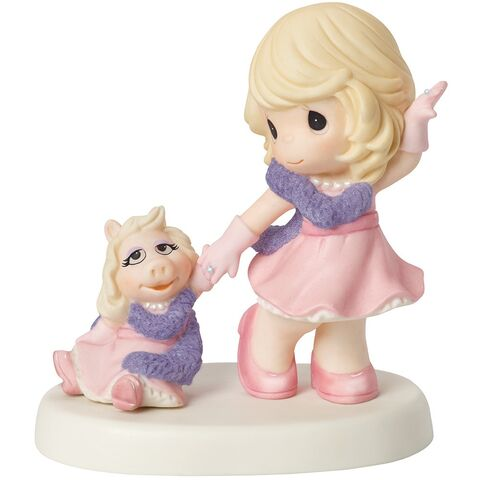 File:Precious-moments-girl-with-miss-piggy-figurine.jpg