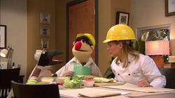 TheMuppetsKitchen-World'sBiggestSandwich-Penguin