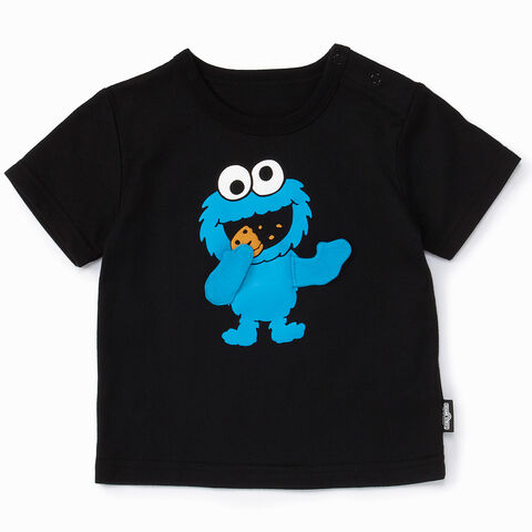 File:Mono comme ca ism japan 2013 toddler t-shirt moving fabric arms cookie monster.jpg