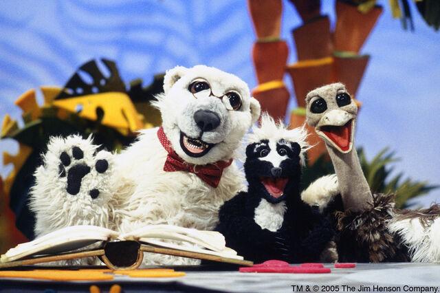 File:Group.animalshow.jpg