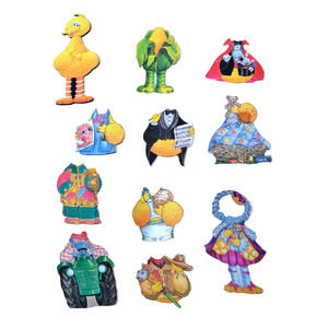 Sesame Street Dress-Up Time toys 03 contents