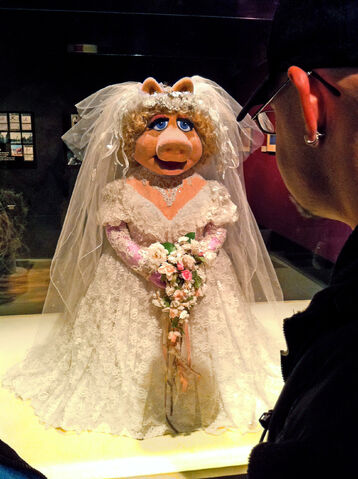 File:JimHenson'sFantasticWorld-WeddingPiggy-(2010).jpg