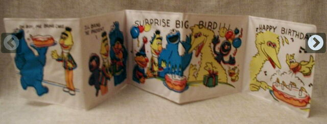 File:Dolly toy big bird's surprise 2.jpg