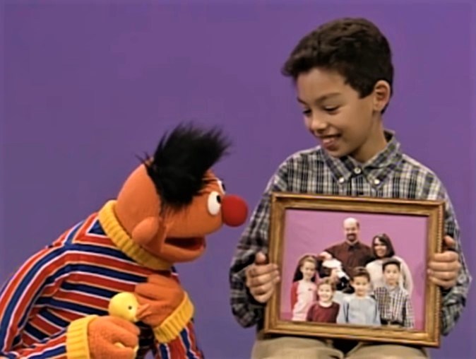 File:Ernie.joey.familyfirst.jpg