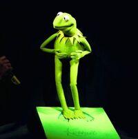 Kermit-in-Berlin-BerlinWalkOfFame-(1999-12-07)