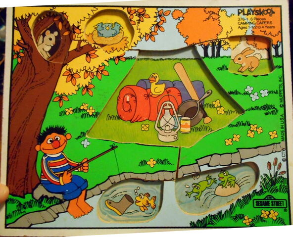 File:Playskool puzzle camping capers look and find 2.jpg