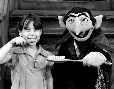 File:The Count brushing teeth.jpg