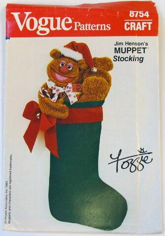 File:Vogue 1983 fozzie stocking.jpg