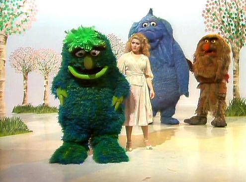 File:Bernadette-peters-monsters.jpg