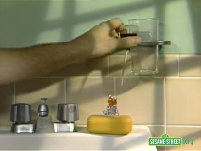 File:Dicky Tick in Lyle Large's bathroom.png