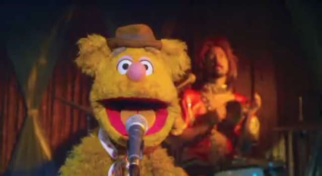 File:The Muppets Face One Big Problem Promo (1).png