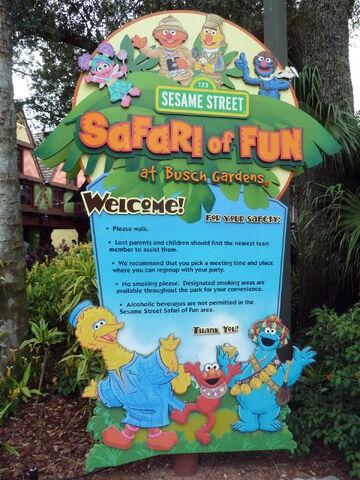 File:Safari of fun sign.jpg