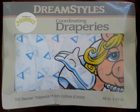 File:Dreamstyles 1990 dacron muppet draperies 1.jpg