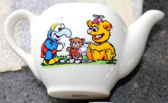 File:Enesco 1983 muppet babies tea set 2.jpg