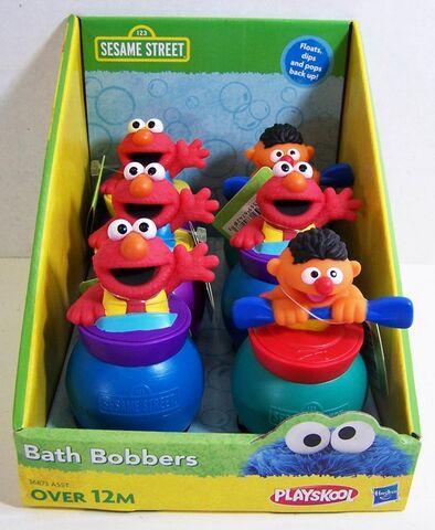 File:Playskool 2012 sesame street bath bobbers.jpg