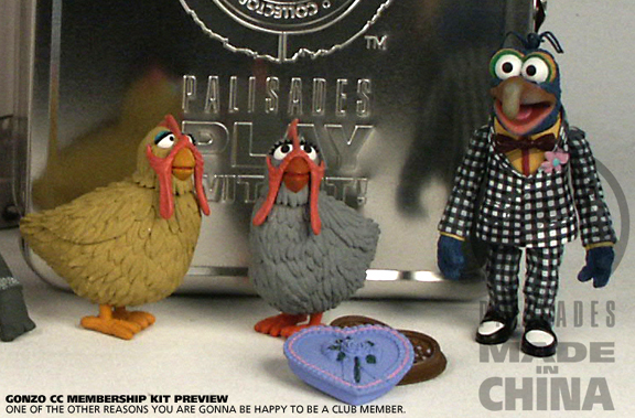 File:Checkered Gonzo and Chickens close.jpg