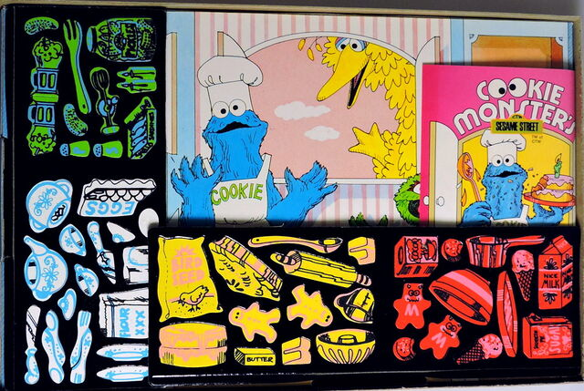 File:Colorforms 1974 cookie kitchen 2.jpg