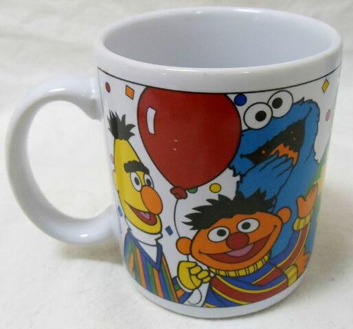 File:Sesame street general store mug 25 wonderful years anniversary 2.jpg