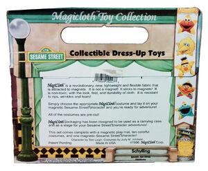Sesame Street Dress-Up Time toys 02 back box