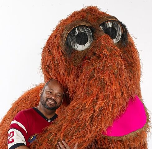 File:LouisMitchell and Snuffy.jpg