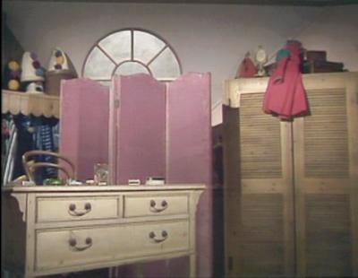File:Dressingroom.jpg
