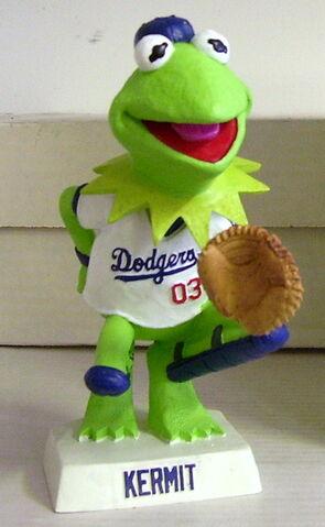 File:Kermit dodgers bobble head.jpg